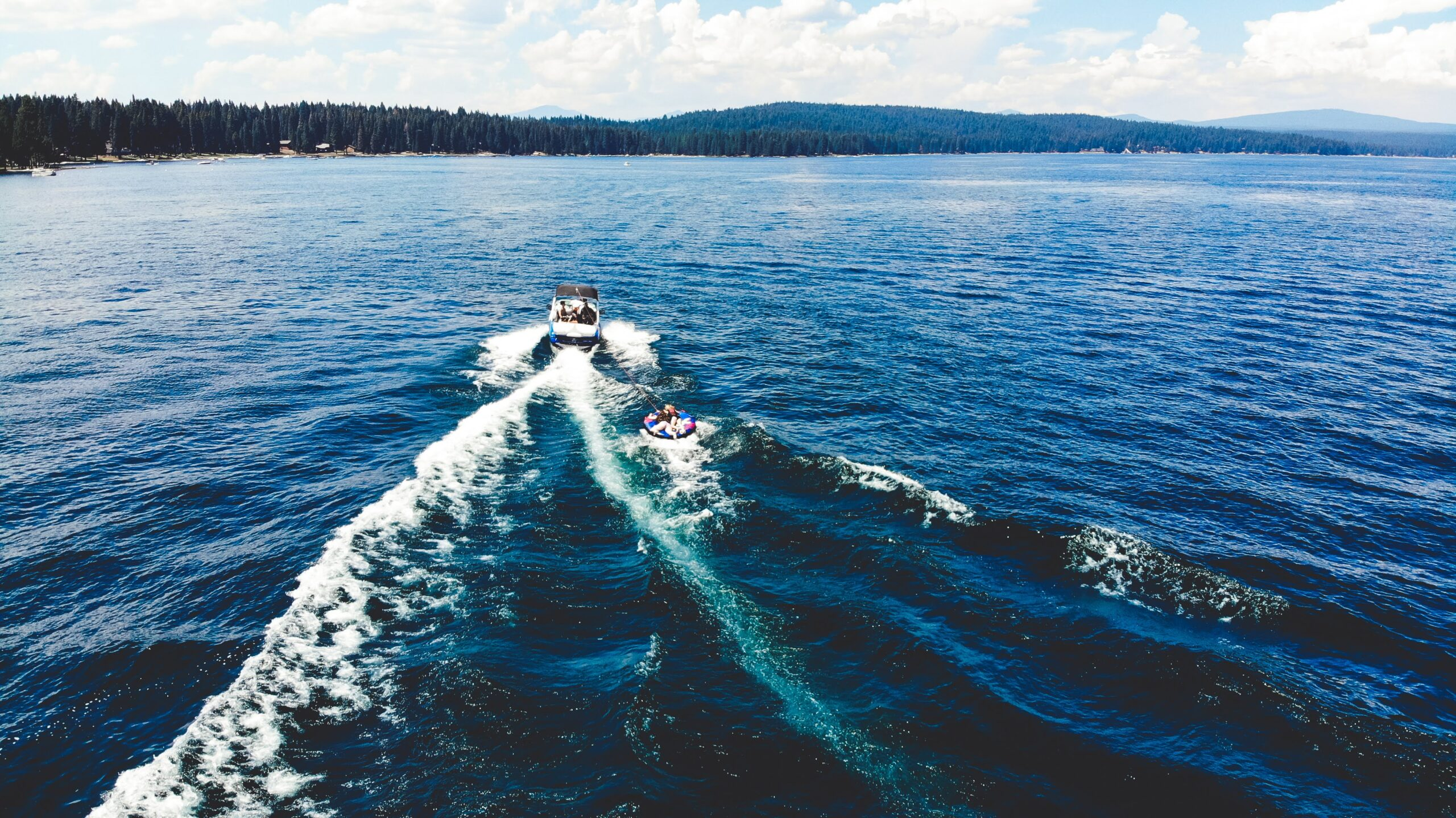 The Lake: water sports day trip to Lake Almanor